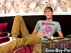 Free downloadable twink cum video Connor Levi is one slim and uber-sexy