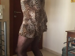 Turkish Pelinsu- Sexy arabic Dance And Ass