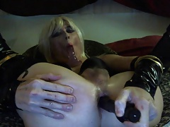 Sexy Tasha Blond Crossdresser Dildos Ass