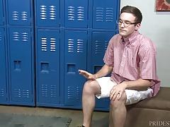Cock Virgins Facial In College Locker Room