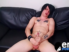 Hung emo wanking his eight inches cock