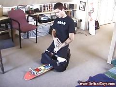 Twink skater jerking off