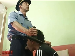 Sex-frenzied cop stretches hunky convicts ass