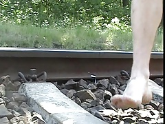 Humping the rail track