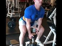 Sexy Buble Burt un the gym