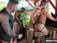 Tattoo jock piss and cumshot