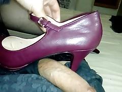 Croasdressing and mary janes heels fuck