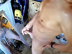 Twink wanking and cumming in front of mirror
