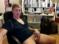 Hung Hot German Guy on Cam Jerks off