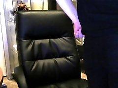 Jiggle butt